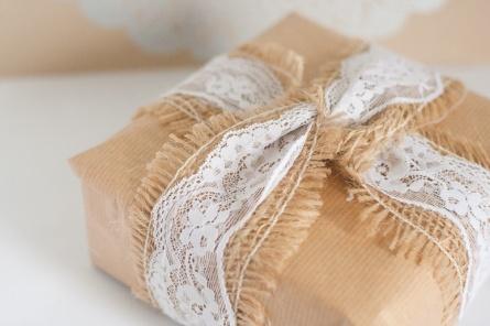 lace-ribbon-calloo-soup