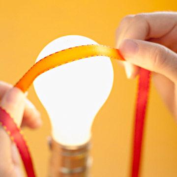 ribbon-over-lightbulb