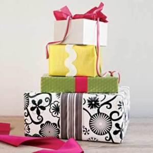Image: Rachael Ray Gift Wrap